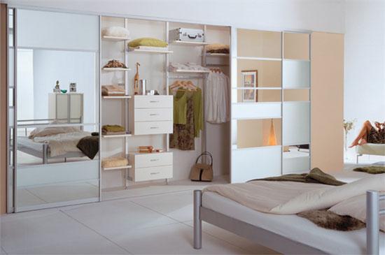 glass-mirror-interior